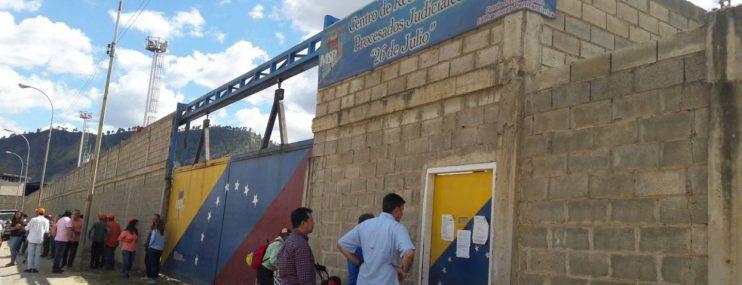 Las cárceles de Venezuela se sacuden las heridas de un sistema fallido