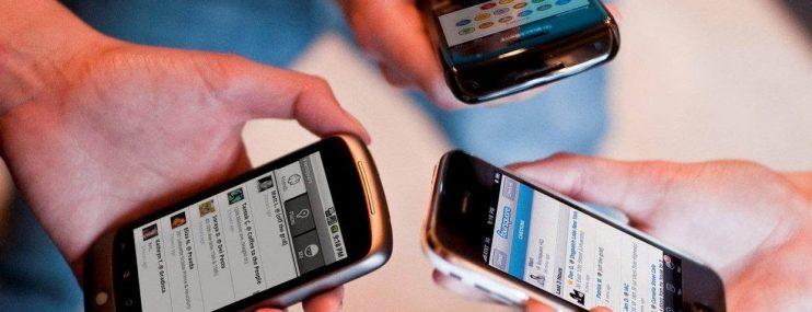 Aumentaron delitos desde penales pese a prohibición de celulares