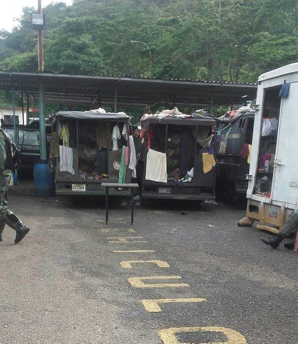 Denuncian que 100 detenidos por protestas se encuentran hacinadas en patrullas en la GNB