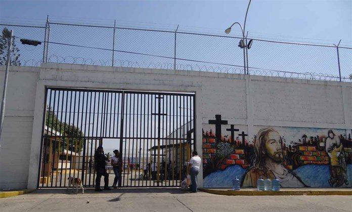 Adolescentes detenidos en retén de Barquisimeto se flagelan en protesta de sangre contra las autoridades