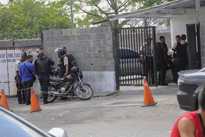 Tres PNB investigados por fuga y abatidos