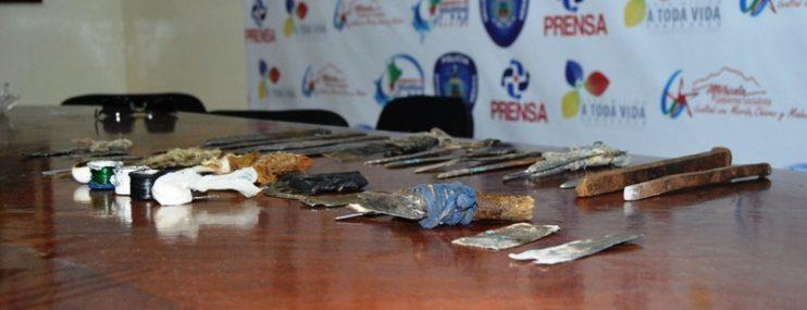 Incautaron armas blancas y droga tras requisa realizada  en el retén de Polimérida