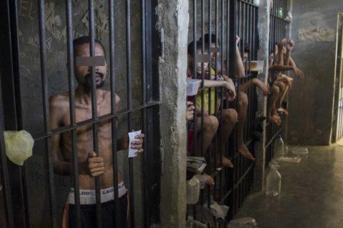 Caracas: Extreman medidas en cababozos policiales por el Coronavirus