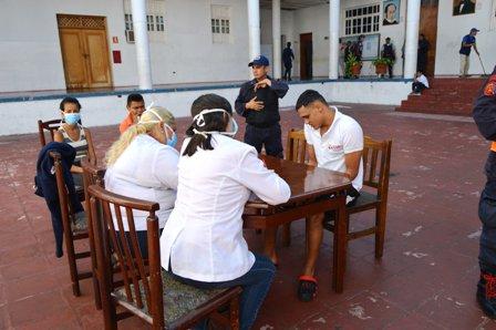 Tras detectar caso de tuberculosis realizaron operativo a privados del retén de Polimérida