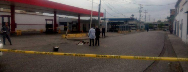 """""""Los mataron como unos perros"""" dos reos abatidos tras presunta fuga en PNB, Estado Lara"""