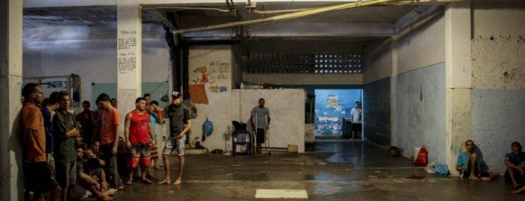 Falta de agua dispara enfermedades entre los detenidos de Nueva Esparta