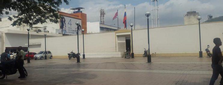 Carabobo: Día del Padre con papá tras las rejas de una prisión