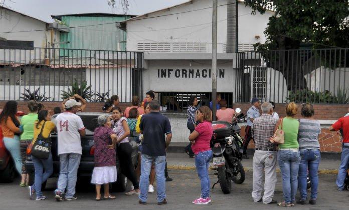 """Lara: Riña en comisaría """"La 30"""" deja dos reos heridos"""