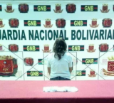 Una mujer fue detenida cuando intento pasar marihuana a un familiar en la cárcel de Mérida.