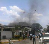 Reclusos de Policojedes quemaron colchones y enseres para exigir visitas de familiares