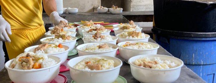 Cocineras improvisadas preparan comidas a presos en PoliTáchira