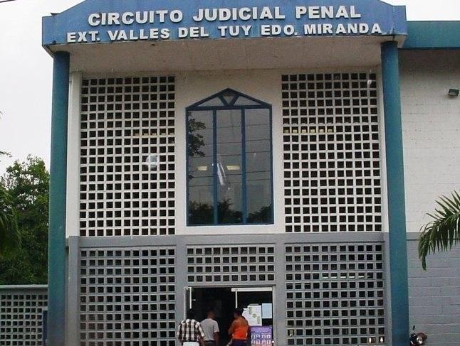 MIRANDA: Familiares de privados de libertad piden reinicio de actividades judiciales en los Valles del Tuy