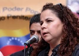 Iris Varela negó que pranes cobren vacunas a familiares de presos