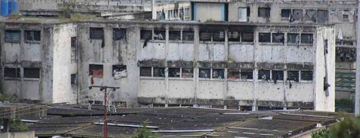"""""""El gobierno le entregó el control de la PGV a grupos armados"""""""