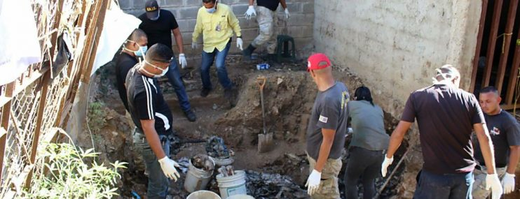 Exhumados de la PGV tienen tiros en la cabeza