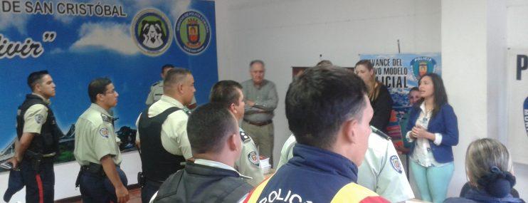 Reos de San Cristóbal participaron en jornada de salud