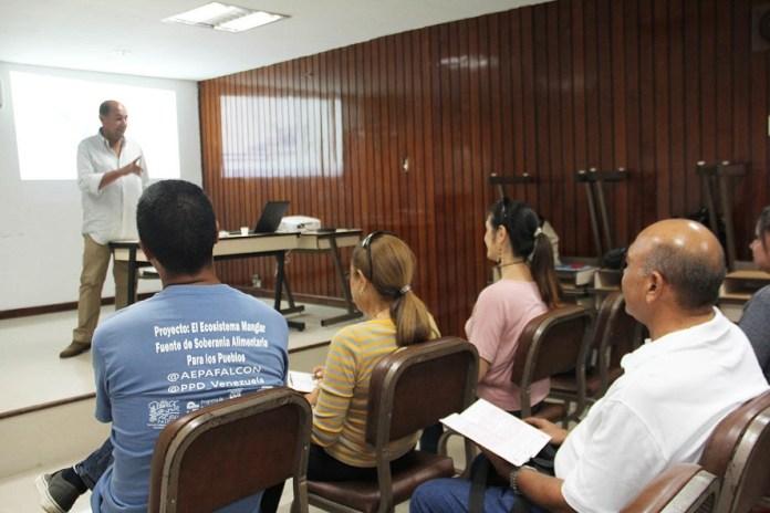 ONG orientó sobre derechos humanos a familiares de privados de libertad