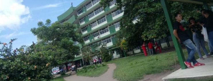 Cuatro reclusos tienen un mes esperando cirugía en el hospital de Maturín