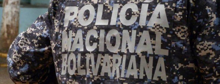 Familiares de reclusos detenidos en calabozos de la PNB en Caracas denuncian que los funcionarios les cobran hasta por un abrazo