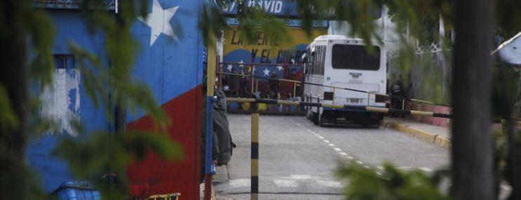 Traslado de El Dorado llega a Uribana en Lara