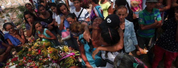 Familiares de los presos esperan justicia a un año de la Tragedia de Policarabobo