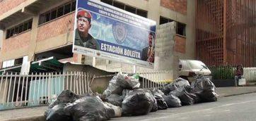 Caracas: Familiares de reclusos detenidos en la PNB de Boleíta denuncian que son discriminados en el Metro