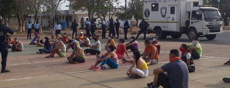 DETUVIERON 70 PERSONAS POR VIOLAR LA CUARENTENA