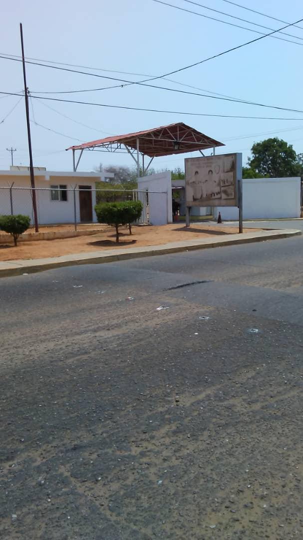 Zulia: Presos tumbaron las paredes de los calabozos de la PNB por ingreso de comida