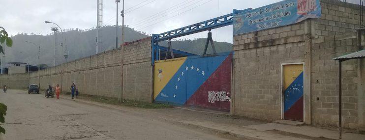 Al menos 206 reclusos fueron trasladados desde cárcel de Guárico hasta Tocorón