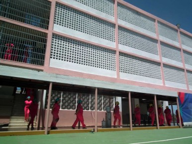 Miranda: Otorgan libertad a 19 presas del INOF