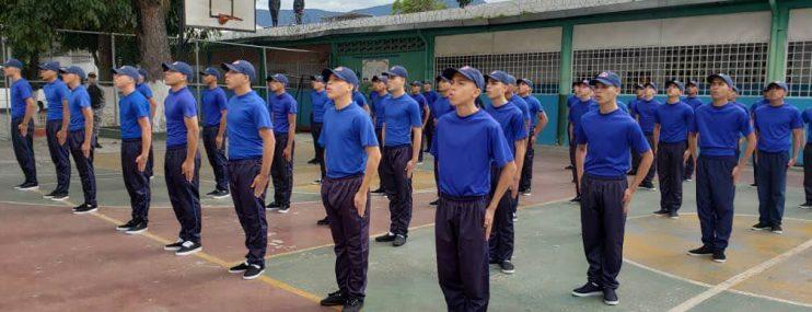 Caracas: Denuncian que en centro de atención para adolescentes no permitieron ingresos de alimentos