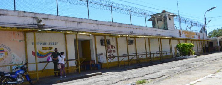 Familiares de yaracuyanos presos en Uribana piden sean trasladados a 'La Cuarta'